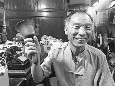 """独守京味儿展馆的63岁老人 :平凡生活也该入""""非遗"""""""