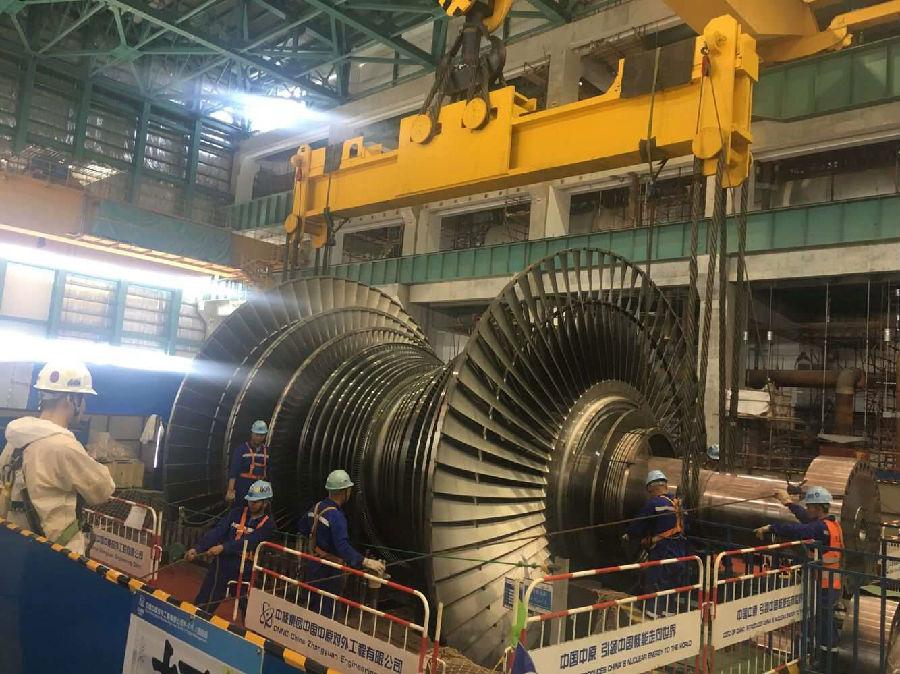 华龙一号海外首堆常规岛汽轮机扣盖完成 为热试奠定基础