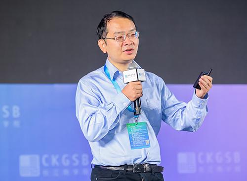 """王龙:""""云+ AI""""助力产业升级"""