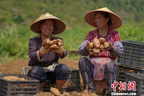 晒晒中国减贫成绩单:这些变化你感受到了吗?