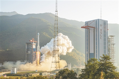 我国成功发射第50、51颗北斗导航卫星
