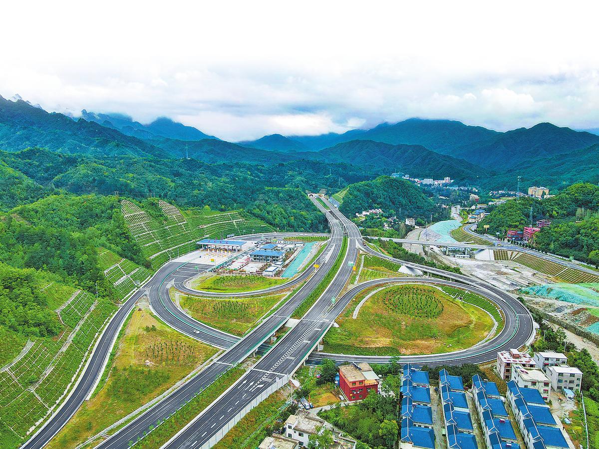 兩個高速項目建成通車 河南省高速公路通車里程達7191公里